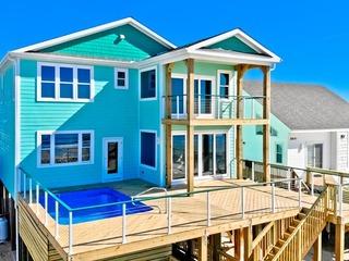 2609 E Beach Drive