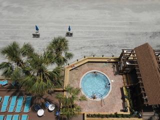 0607 Waters Edge Resort
