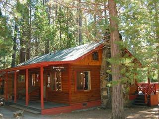 (3N) Lockwood Lodge