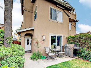 Pacific Beach All-Suite: Hot Tub, Walkable Locale