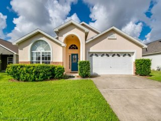 Sunning 5 Bed Pool Home with Close to Disney 8081