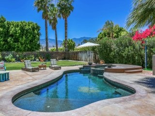 Cathedral City 3BR/2.5BA Poolside Sanctuary w/ Hot Tub & Firepit