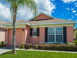 Enticing Earlmont | Vacation Rental Near Disney