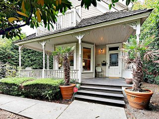 New Listing! Updated Victorian w/ Lake Union Views