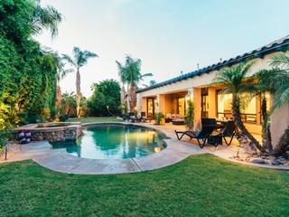 Modern Spanish Style Villa in La Quinta | Sleeps 14 ❤