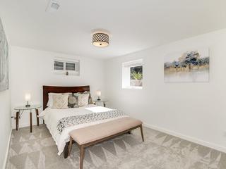Lower Floor Suite in Central Ballard,- Near Beach & Minutes to City Center