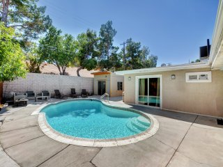 Vibrant in Vegas- 4 Bd with Shimmering Pool!