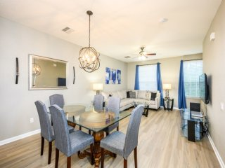 NEW 3 Bed 3.5 Bath Vacation Townhome l 4008