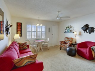Sunset Chateau #412- Beachfront Condo / AWESOME Views!
