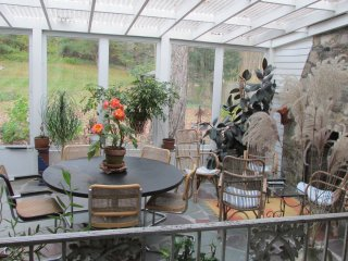 1795 Carriage House set in 2 acres of Eden