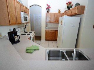 116 4-Bedroom Budget Pool Home, Davenport FL