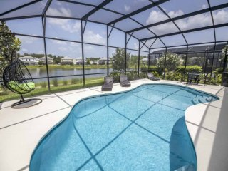 Royal Bella Vida Resort Pool Home