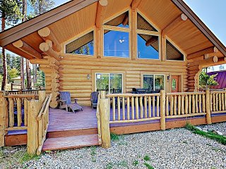 New Listing! Charming Woodland Cabin, Near Hiking