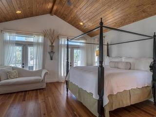 The Crystal Beach House- 1768742