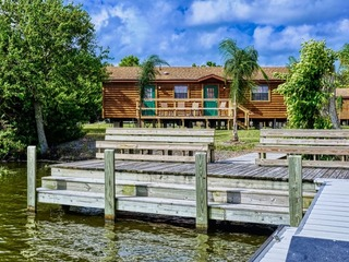 Lake Seminole Fort Wilderness Country Cabins