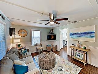 New Listing! Laguna Beach Home- 2 Blocks to Gulf