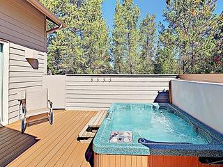 New Listing! Spacious Sunriver Haven w/ Hot Tub