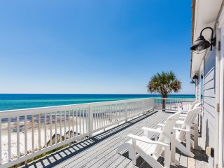 New Listing! The Beach House- Gulf-Front Haven