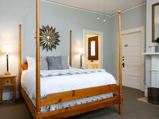 New Listing! The Sommerset Suite at De La Vina Inn