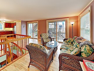 New Listing! Serene East End Condo: Steps to Sand