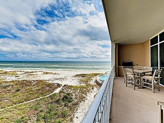 Gorgeous Beach Condo w/ Pools, Hot Tub & Balcony