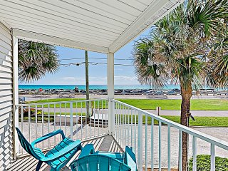 Steps to Beach! Chic Gulf-View Corner Unit w/ Pool