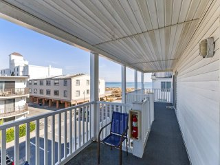 Norjo 6- 3 bedroom with ocean views and accommodations for 9