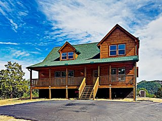 Smoky Mountain Basecamp: 2 Luxe Cabins w/ Hot Tubs