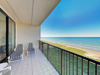 New Listing! Gulf-View Penthouse, Private Balcony