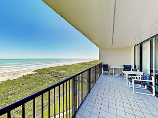 New Listing! Beach Dream w/ Gulf & Laguna Madre Views