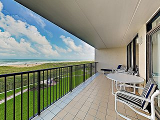 New Listing! Beachfront Sanctuary w/ Large Balcony