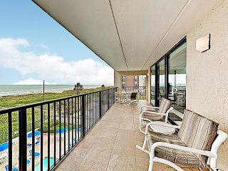 New Listing! Gulf-Front Corner Unit w/ Pools