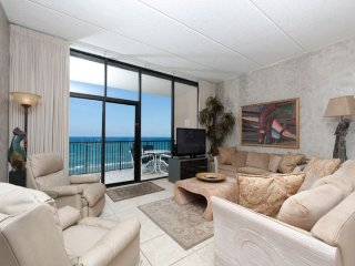 New Listing! Beachfront Penthouse w/ Pools & Gym