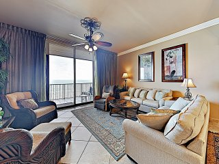 New Listing! Posh Penthouse w/ Pools & Gulf Views