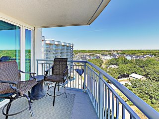 All-Suite Condo w/ Resort Pools- Steps to Beach!