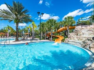 Solterra Resort 6 Bed Getaway. 6047