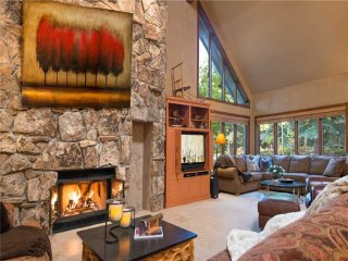 20 Bachelor Gulch Road