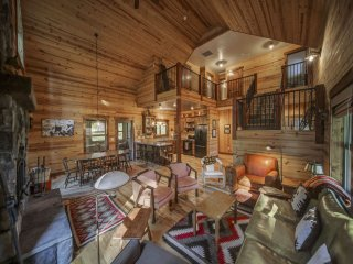 Lark Trail Cabin