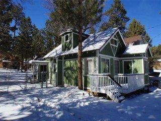 Sweet Maple Cabin