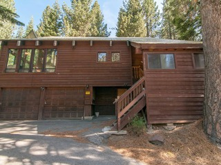 Edmunds- Truckee Home