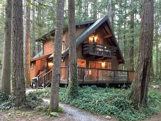Glacier Springs Cabin Unit #27