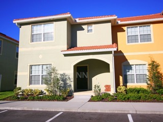 LUXURIOUS HOME IN PARADISE PALMS (5PPT88CN53)
