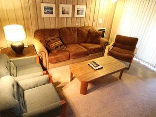 Summit 86 (2-Bedroom Condo)