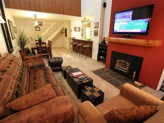 Summit 295 ( 1-Bedroom Condo ) - image