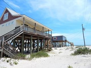 049 Beach Comber