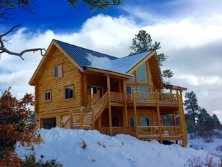 Luxury Colorado Mountain Chalet, Panoramic Mountain Views in National Forest- Specials 'til April 29th