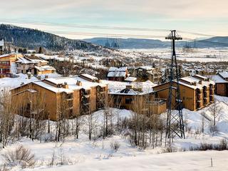 Ski Inn 222