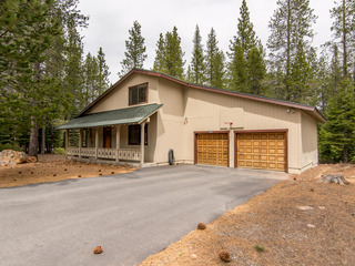 Kelly - Truckee Home - image