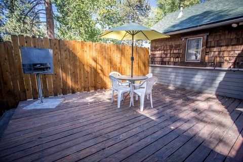 Lodge House #100 Vacation Rental in Big Bear - RedAwning