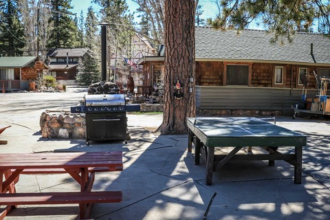 Lupine #106 Vacation Rental in Big Bear - RedAwning